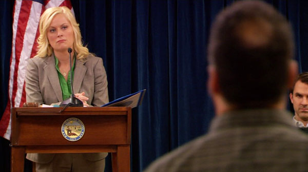 parks-and-recreation-season-1-2-canvassing-public-forum-leslie-knope-amy-poehler.jpg